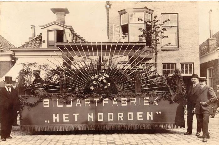 """""""De Schepper"""" biljart - het beroemde E-model - ca. 1920"""