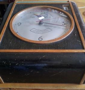 Biljartklok-f.h.bruins-jaren-20-01f