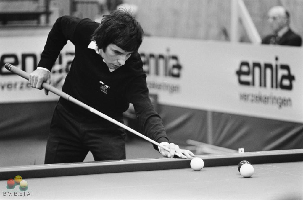 Wereldkampioenschappen biljarten 1975 kader 47/1 in Rotterdam, Jean Bessems in actie.