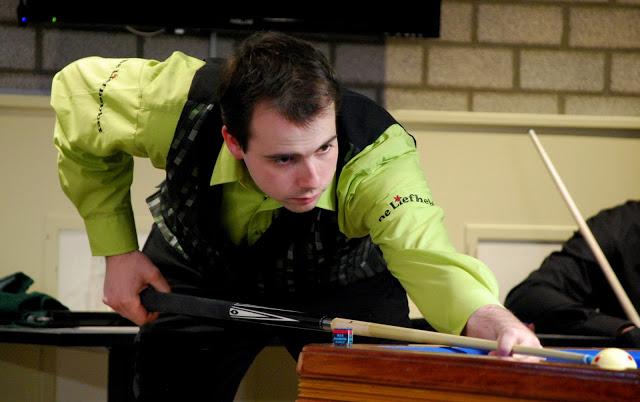 Jim Anneveldt is pas 22 jaar maar biljart al acht jaar. De Noordhollander heeft de biljartwereld gewezen dat het biljartspel wel leuk is om te spelen, maar minder leuk om naar lange partijen te kijken.